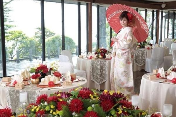 【箱根神社挙式とご披露宴】40名様☆料金一例☆