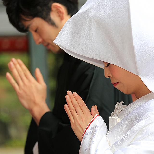 箱根神社にて挙式